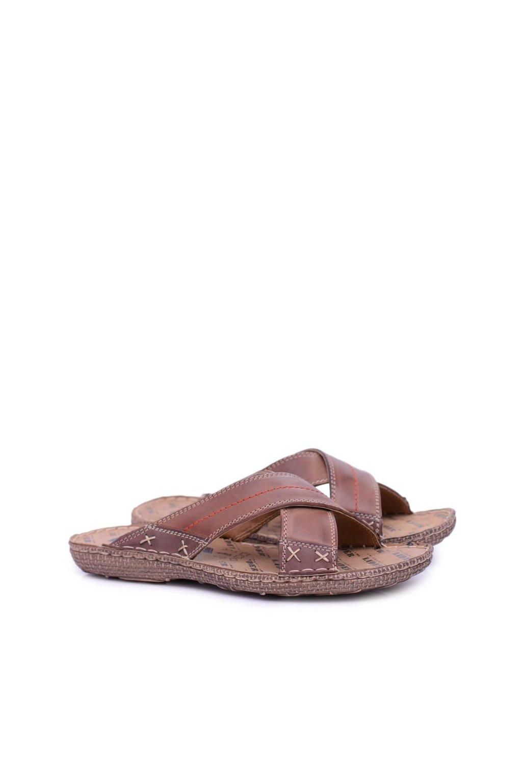 Hnedé ľahké kožené pánske papuče Okay