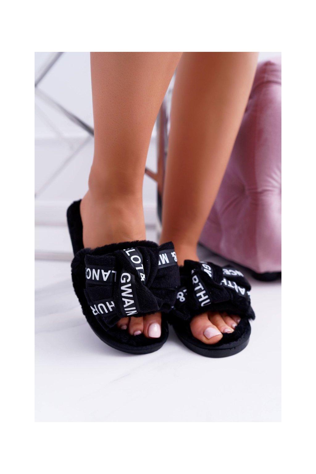 Dámske šľapky farba čierna kód obuvi LB03 WORDS BLK