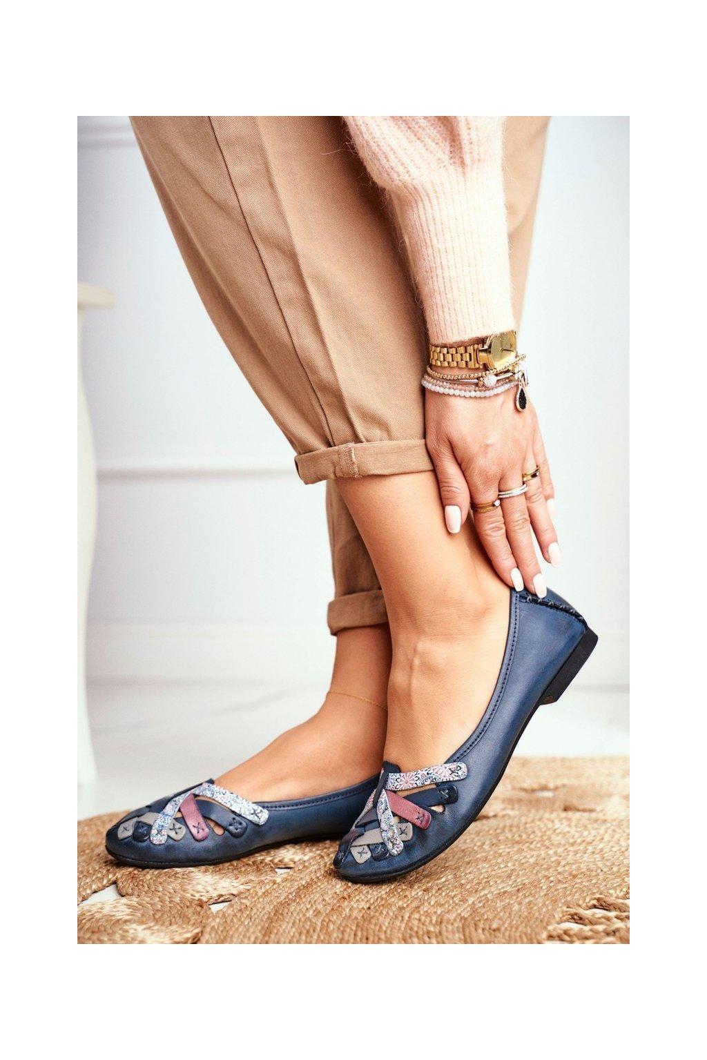 Dámske balerínky farba modrá kód obuvi 01358-27/00-0 GRANAT
