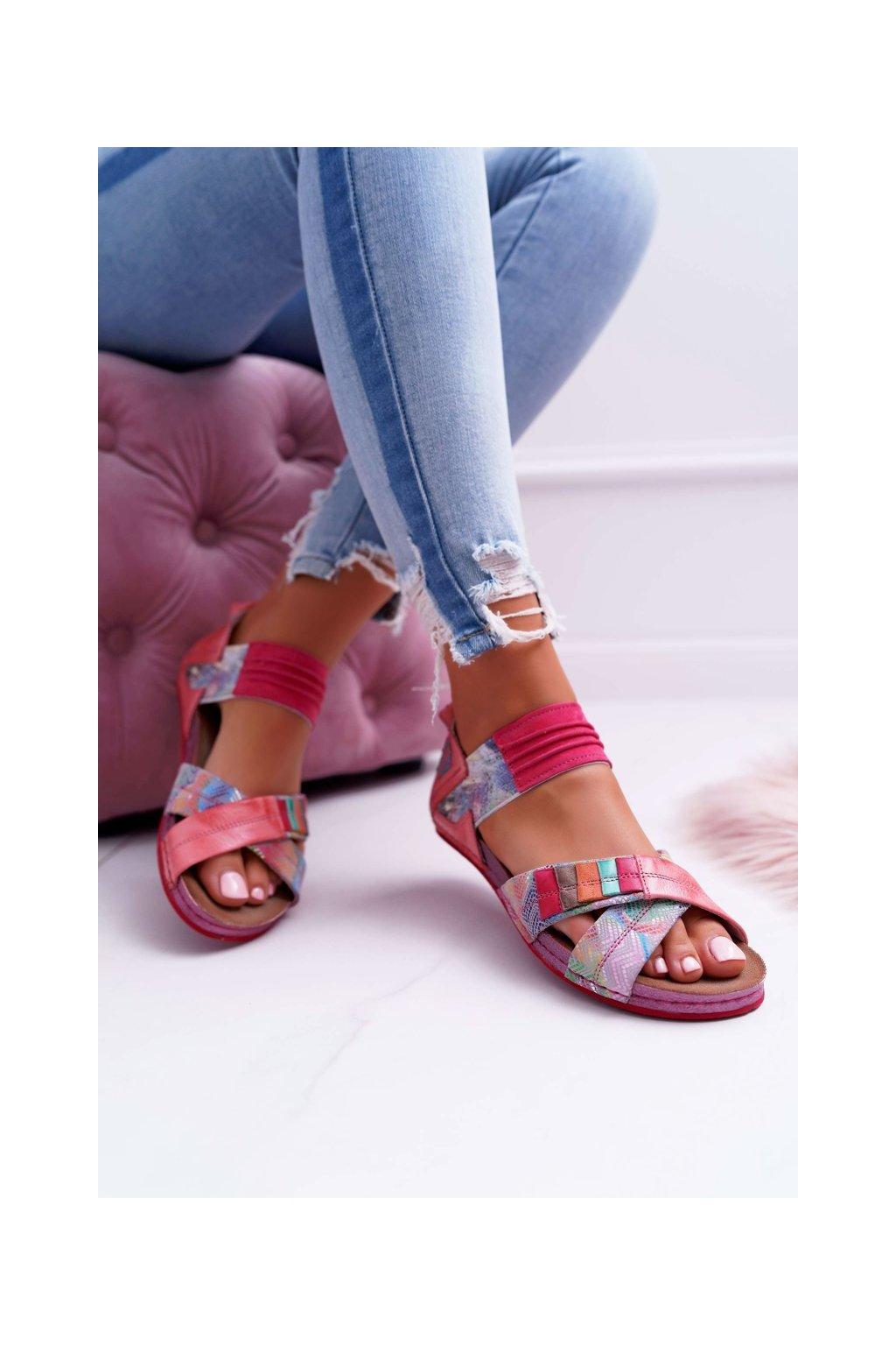 Dámske sandále farba ružová kód obuvi 03375-15 PINK