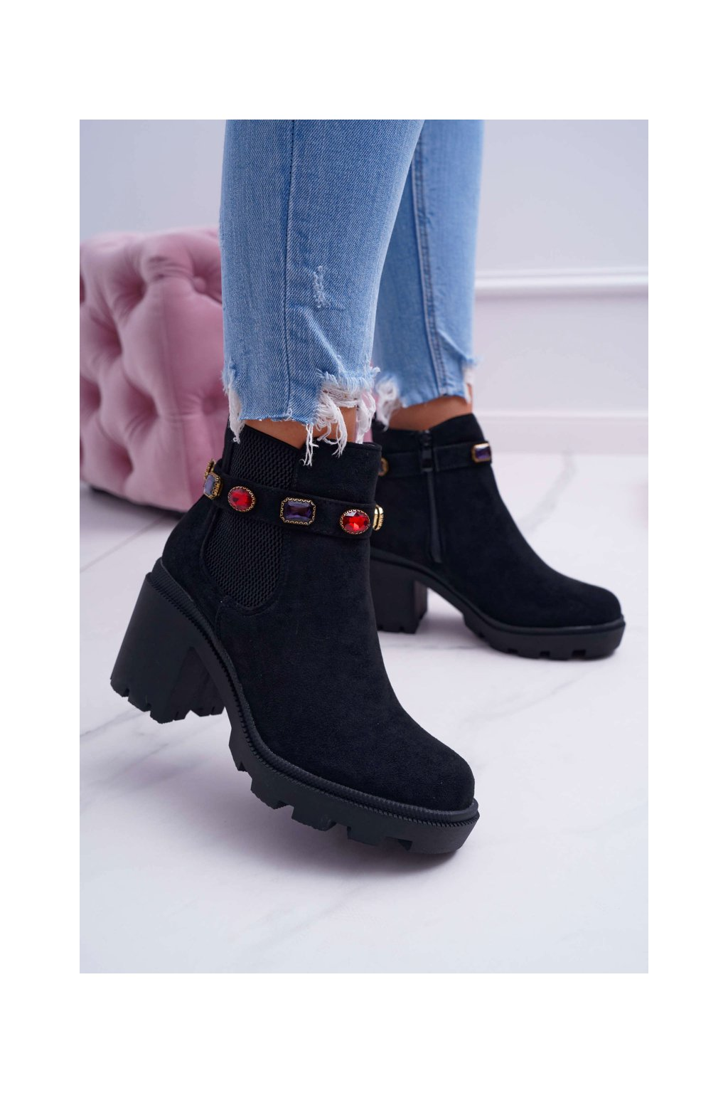 Členkové topánky na podpätku farba čierna kód obuvi YQ223 BLK