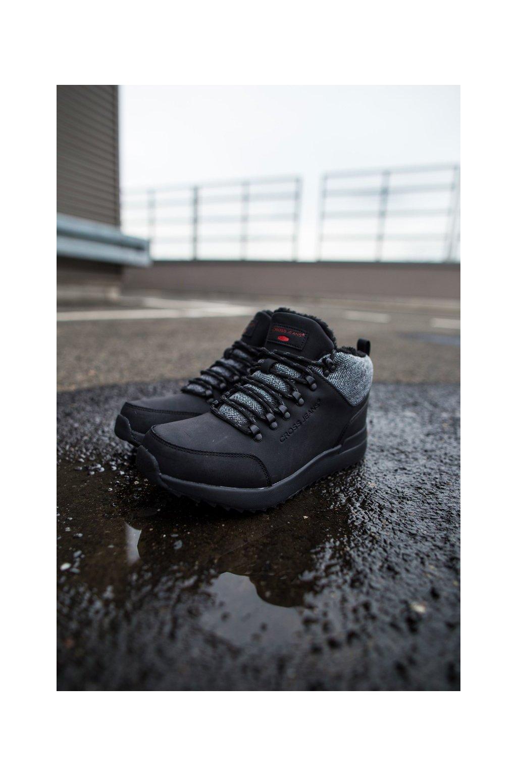 Pánske trekingové topánky farba čierna kód obuvi EE1R4113C BLK