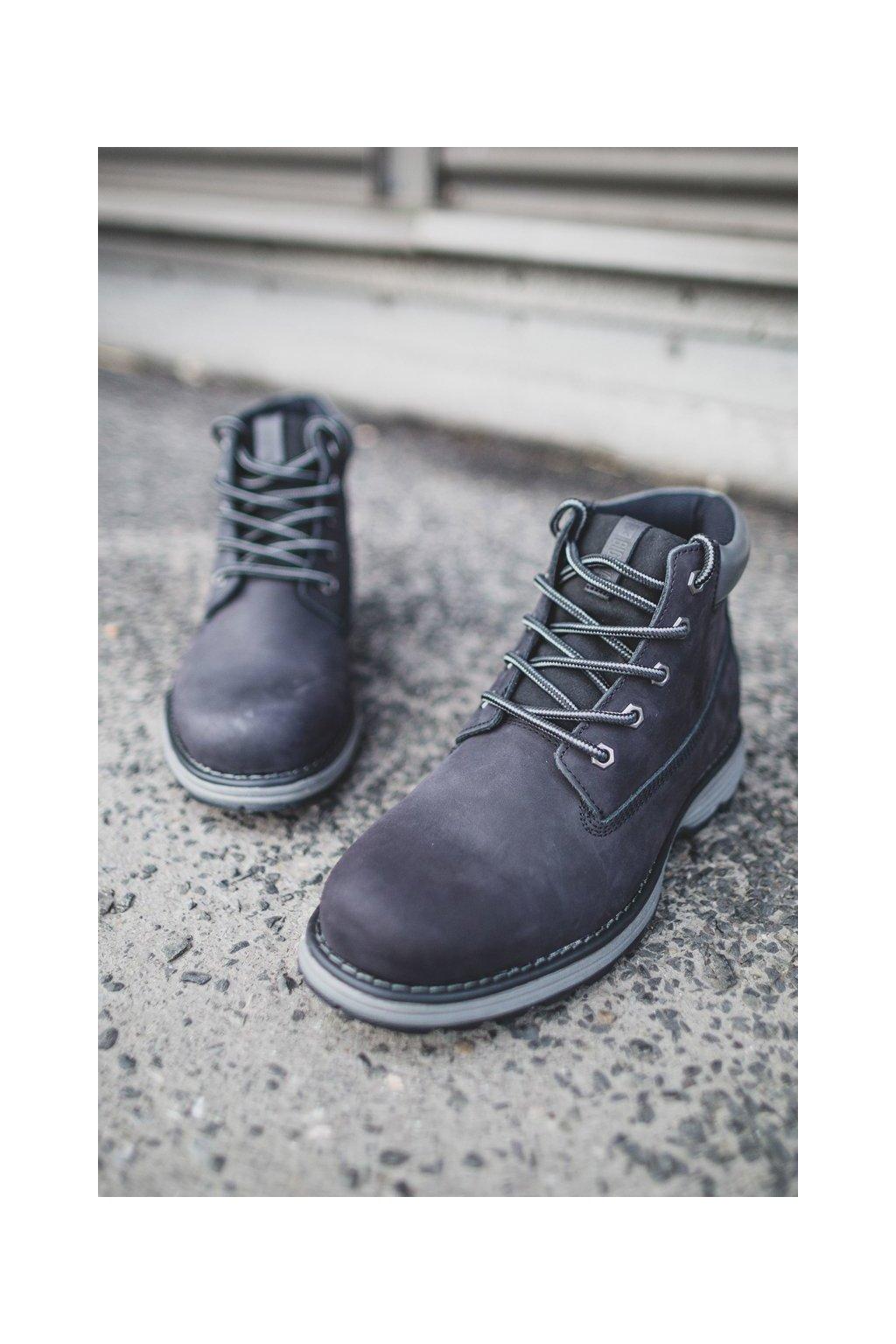 Pánske topánky na zimu farba čierna kód obuvi EE174228 BLK