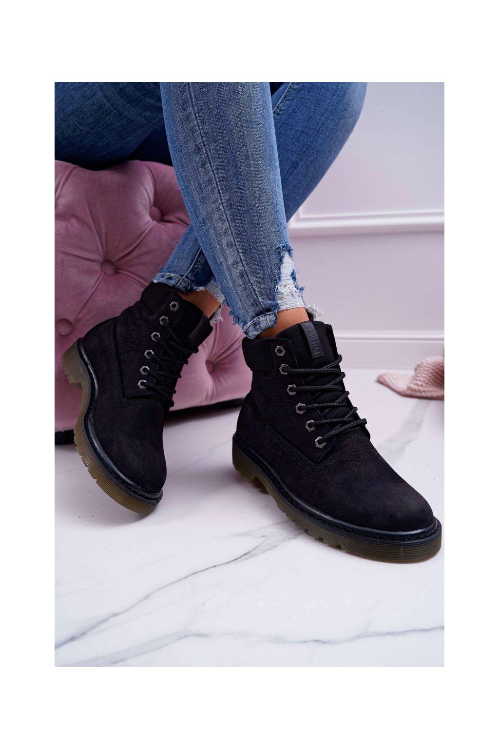 Členkové topánky na podpätku farba čierna kód obuvi EE274014 BLK