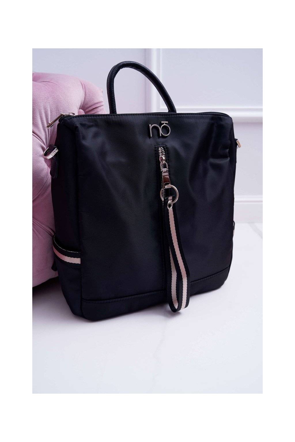Klasický dámsky čierny batoh NBAG-H0880-C020