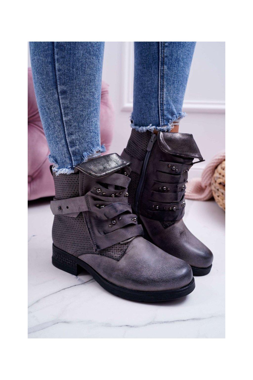 Členkové topánky na podpätku farba sivá kód obuvi C612 GREY