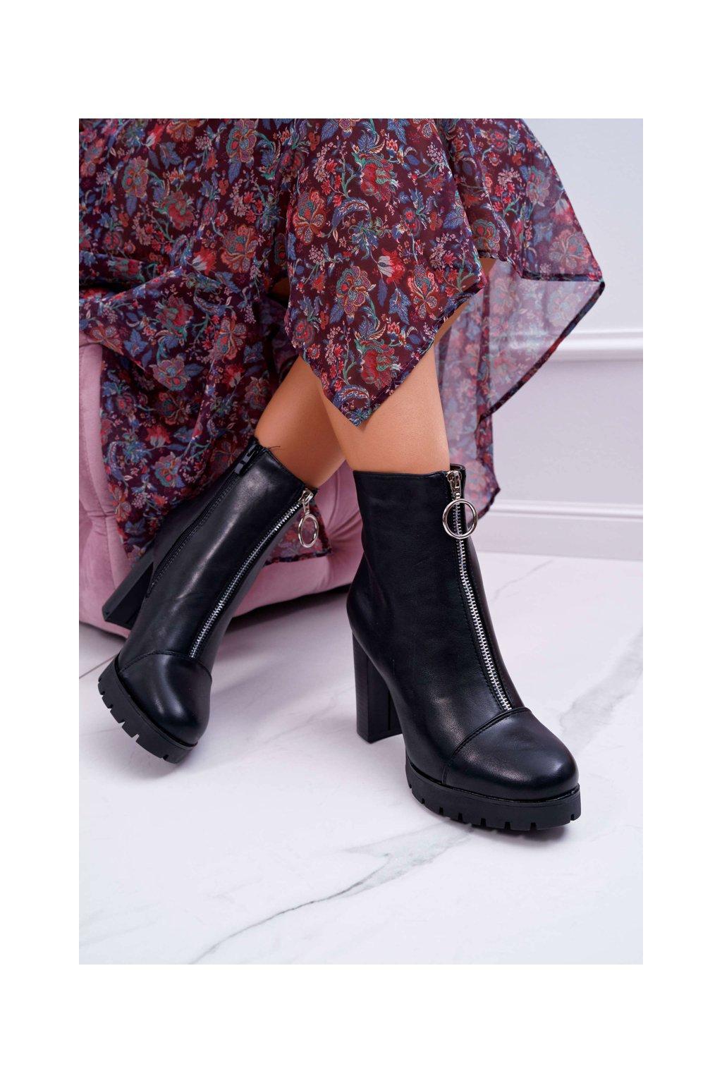 Dámske členkové topánky na podpätku s ozdobným zipsom čierne Senuto