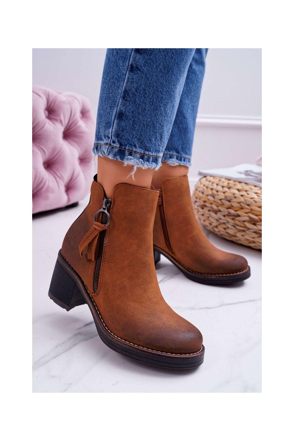 Členkové topánky na podpätku farba hnedá kód obuvi Z1125 CAMEL