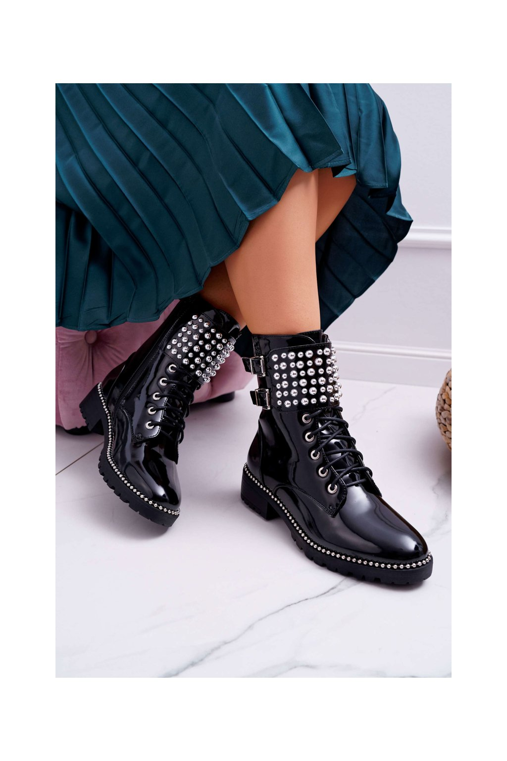 Dámske členkové topánky Military Lakované čierne Bemmer