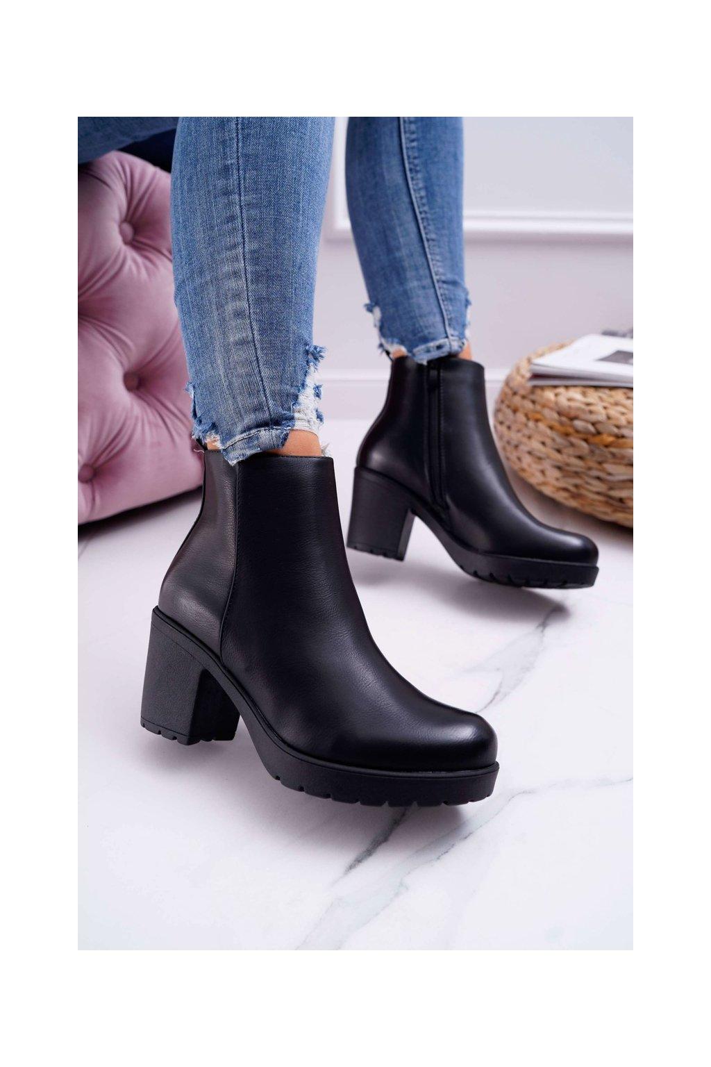 Členkové topánky na podpätku farba čierna kód obuvi BM172 BLK