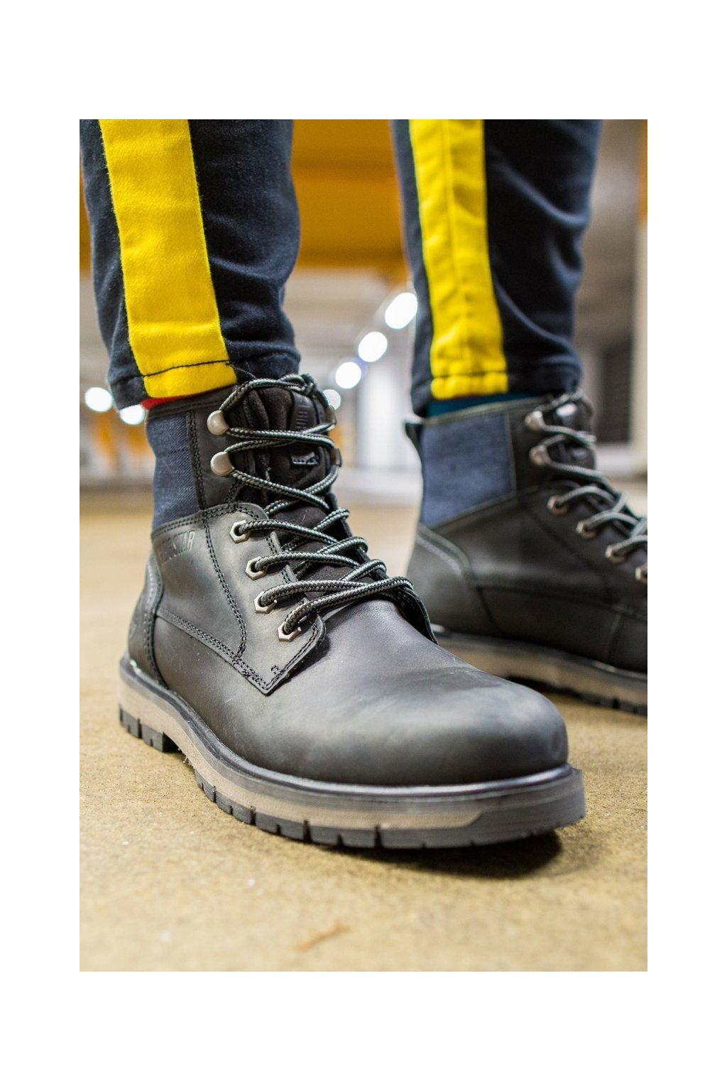 Pánske topánky na zimu farba čierna kód obuvi EE174267 BLK
