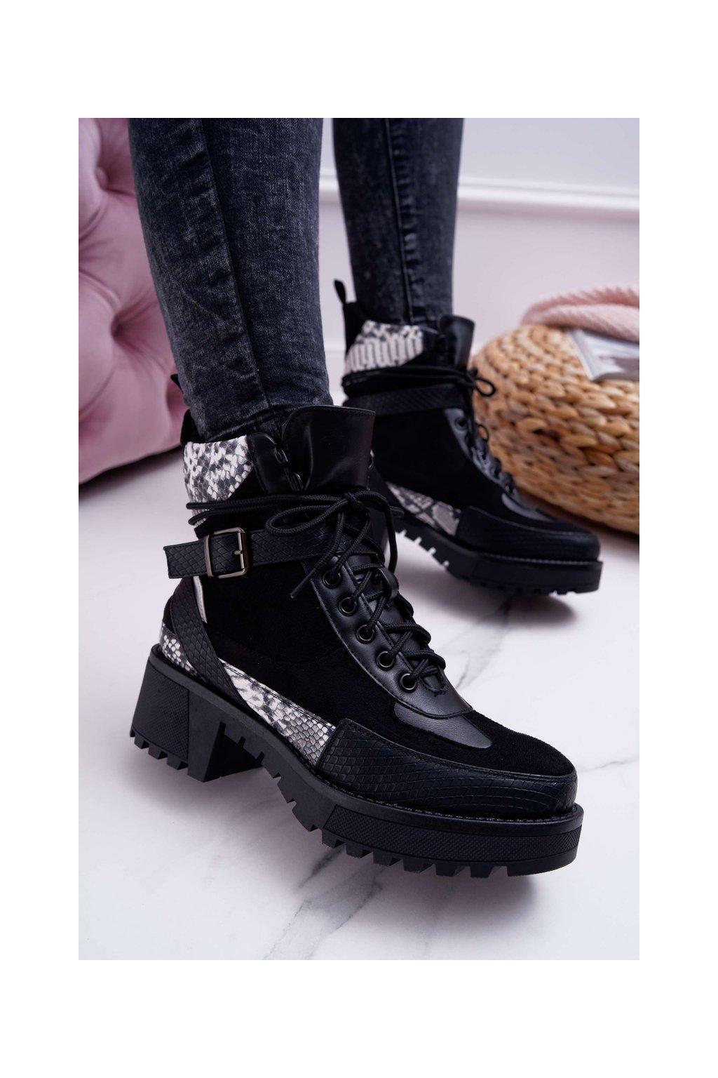 Členkové topánky na podpätku farba čierna kód obuvi NS083 SNAKE