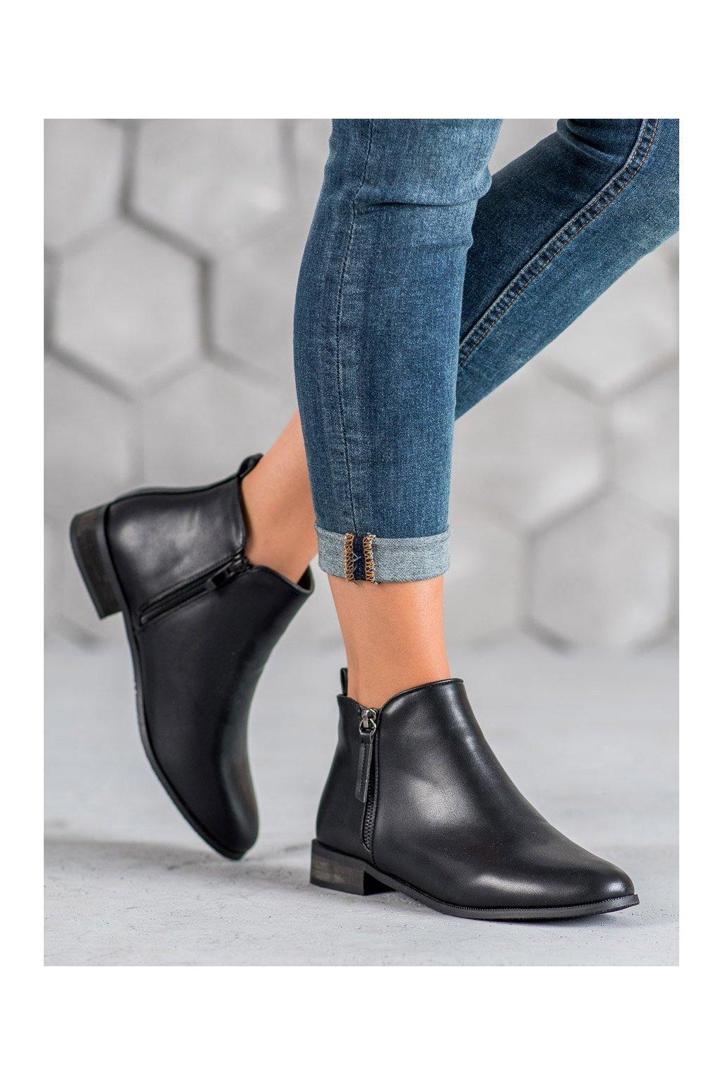 Čierne dámske topánky na plochom podpätku Cm paris kod 688-44B