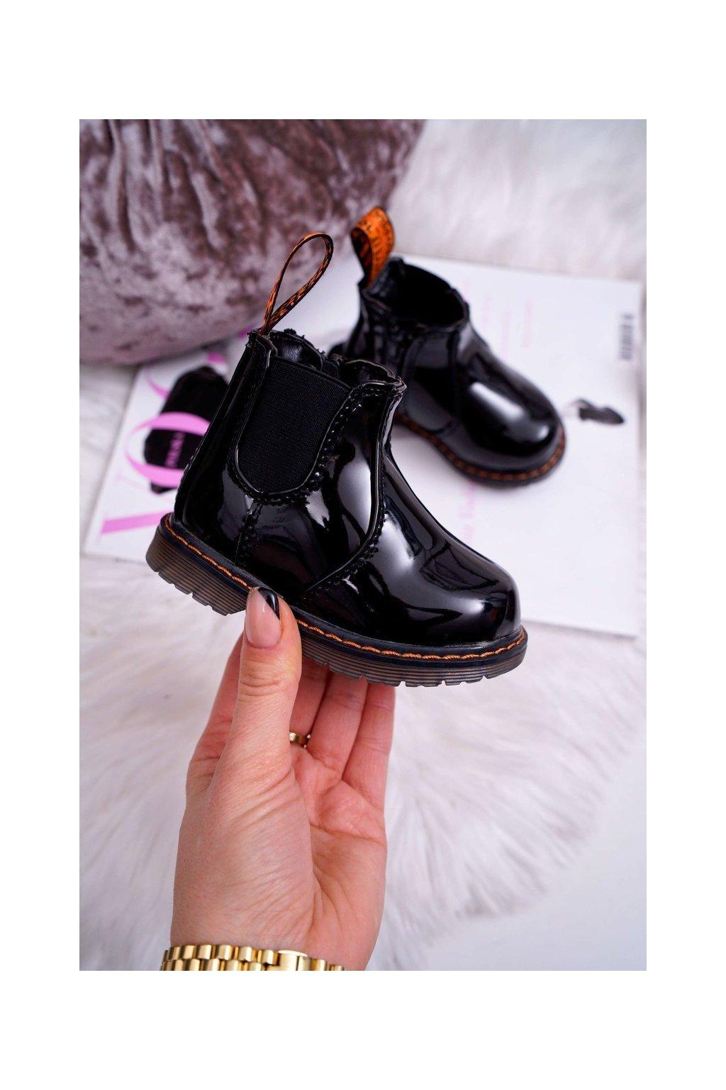 Detské topánky zateplené so zipsom Lakované čierne Gustro