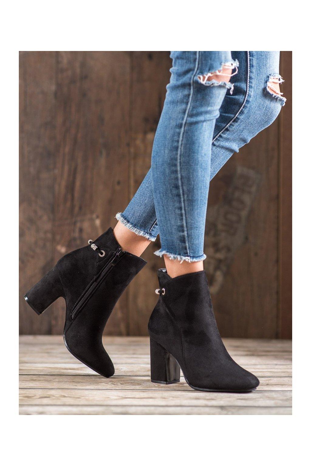 Čierne dámske topánky na hrubom podpätku Shelovet kod T2166B