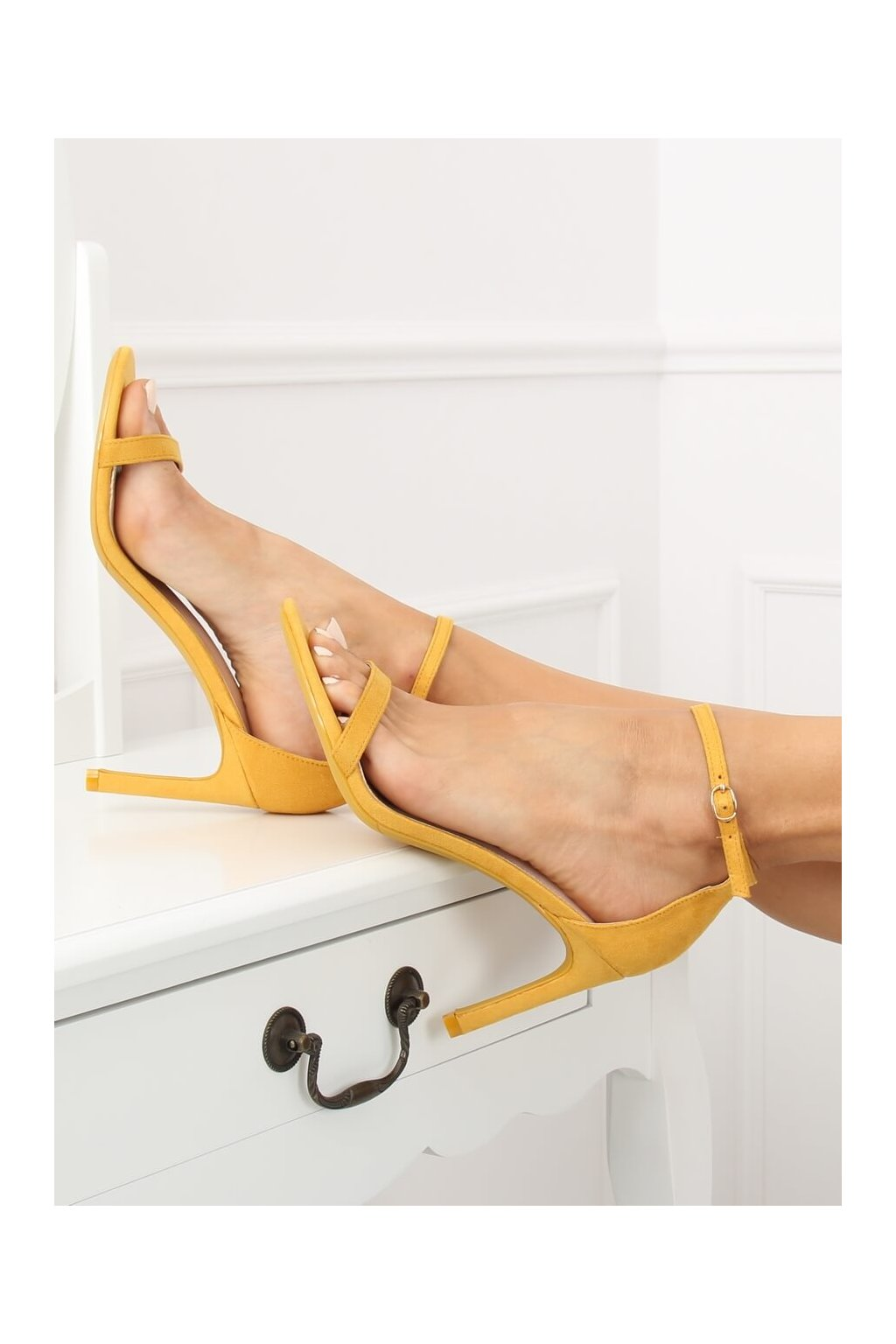 Damske sandále žlté na ihlovom podpätku NF-31P