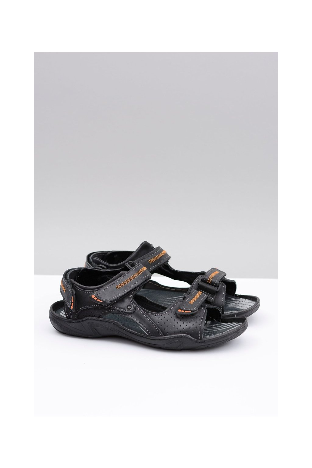 čierne kožené polské Sandále lopuch Nicola