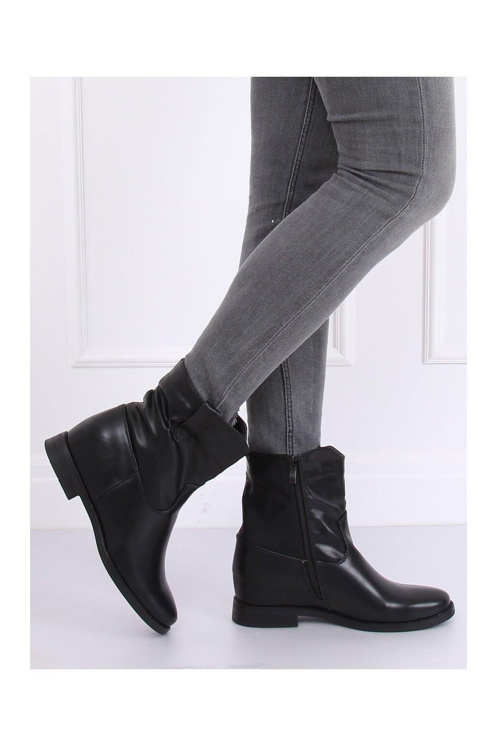 Dámske členkové topánky čierne na platforme G-7607