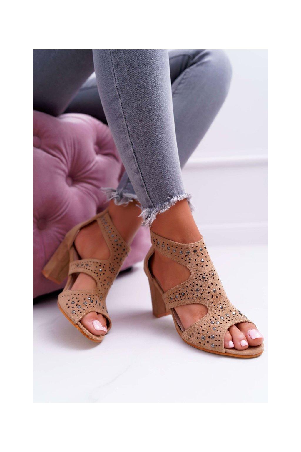 Dámske sandále na podpätku farba hnedá kód obuvi 1162-973 CAMEL