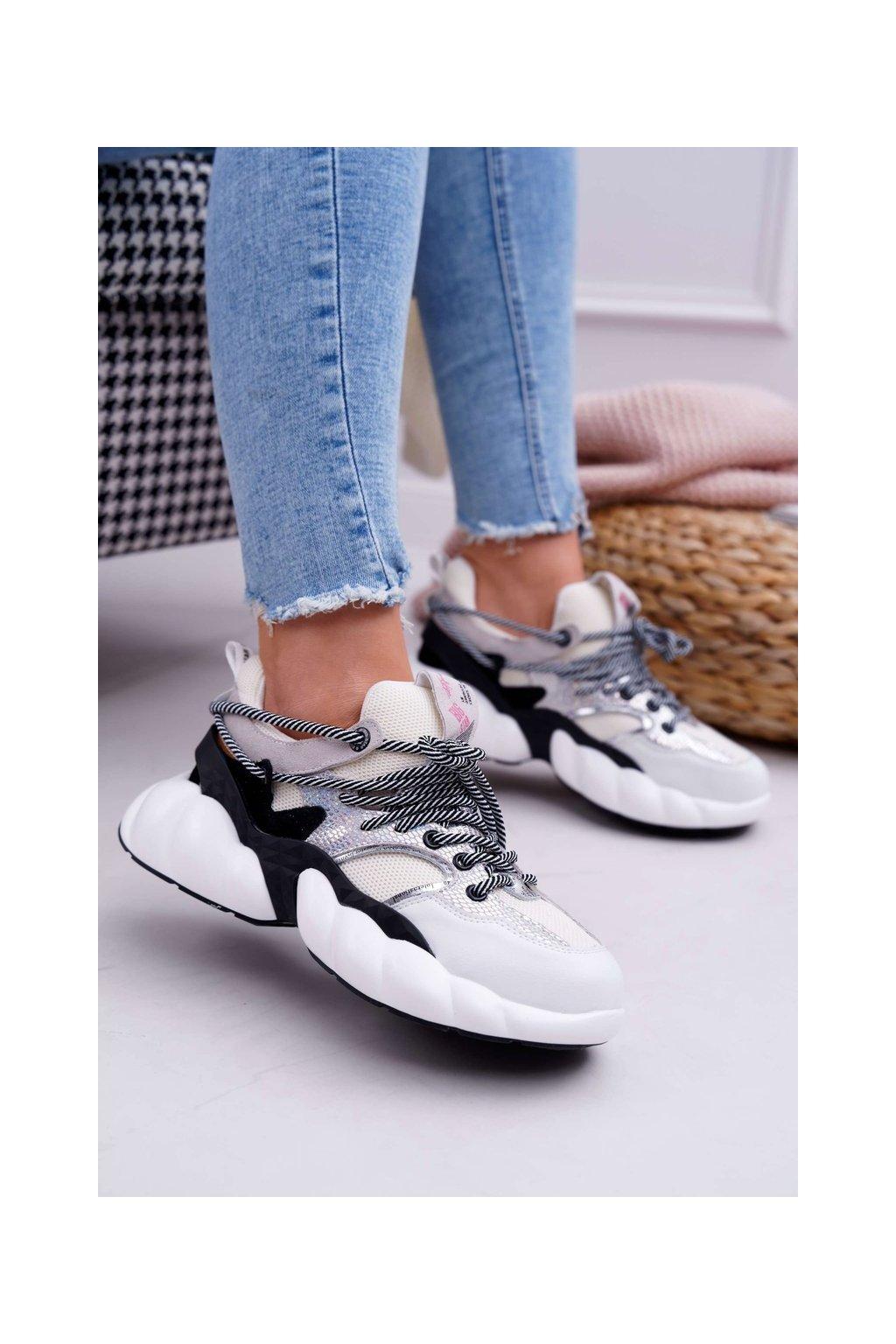 Dámske tenisky farba biela kód obuvi FF274A546 WHITE