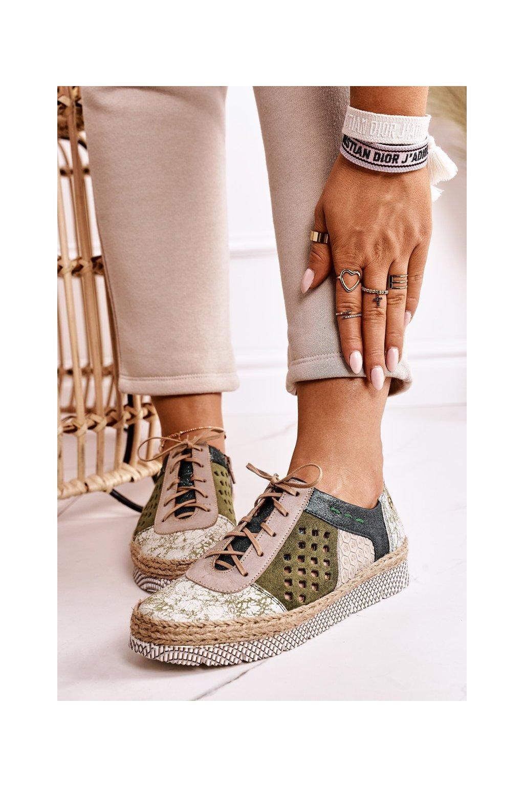 Dámske poltopánky farba zelená kód obuvi 03339-09/00-5 GREEN