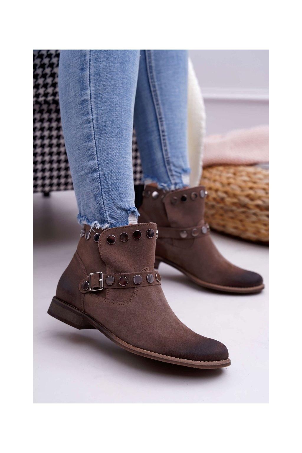 Členkové topánky na podpätku farba hnedá kód obuvi 1172 ALMOND