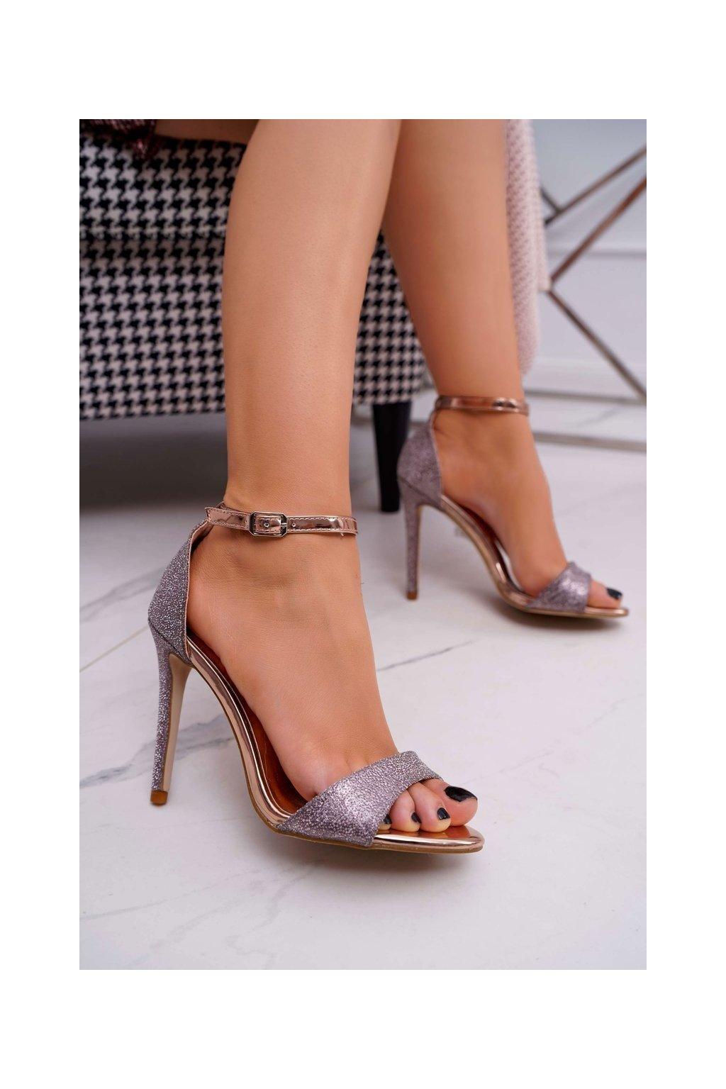 Dámske sandále na podpätku s brokátom Champagne Fiver TU130 CHAMPAGNE