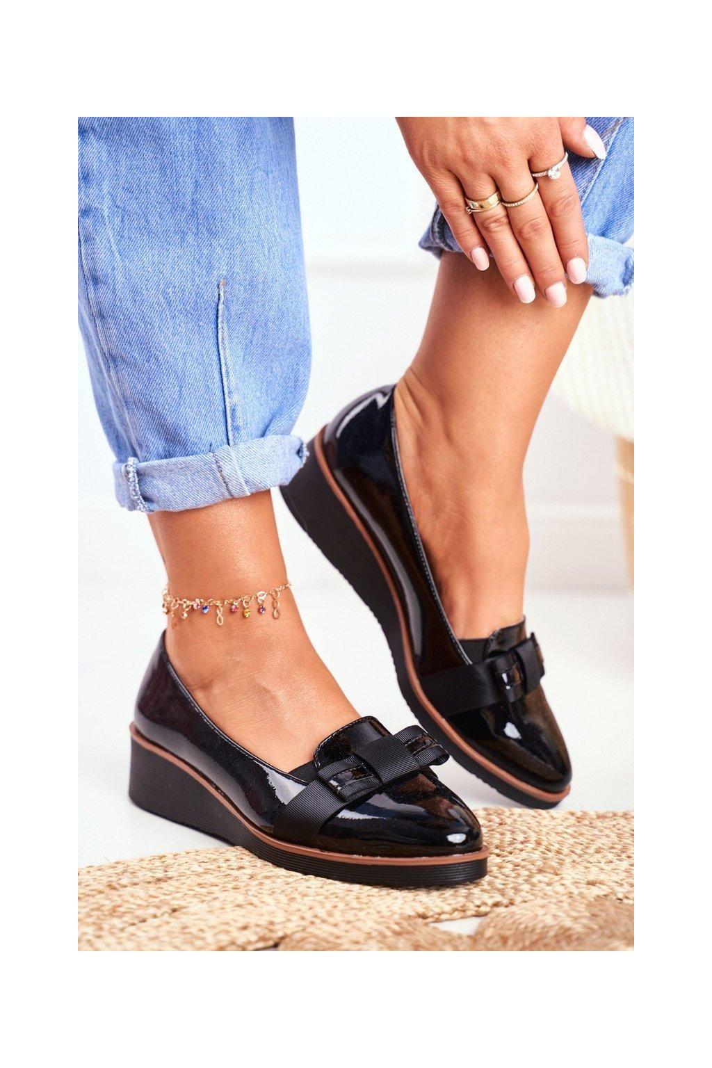 Dámske poltopánky farba čierna kód obuvi XY20-10446 BLK