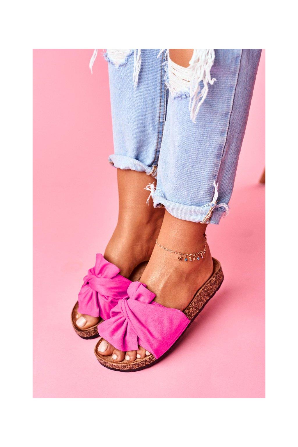 Dámske šľapky farba ružová kód obuvi CK115 FUCHSIE