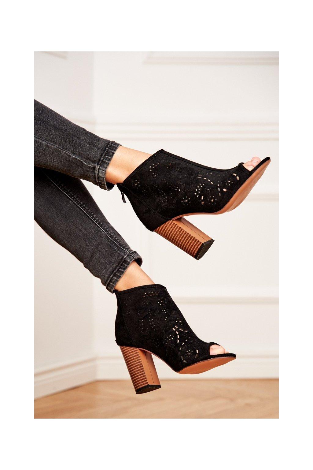 Dámske členkové topánky na podpätku Semišové čierne Papillon