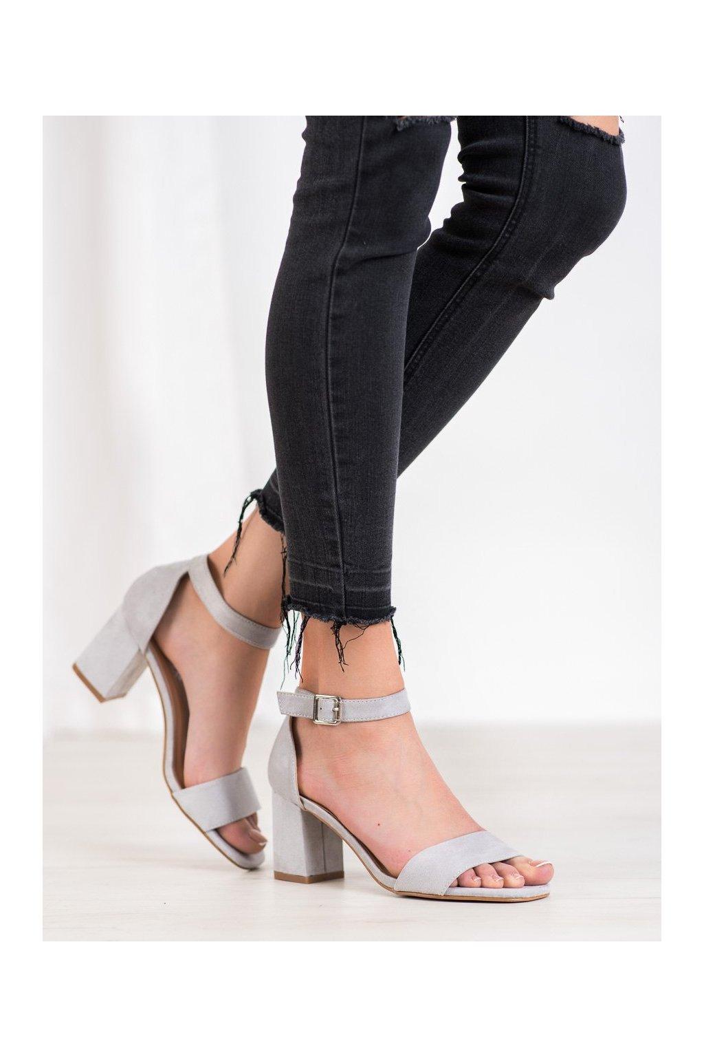Sivé sandále na podpätku Vinceza kod YQE20-17058G