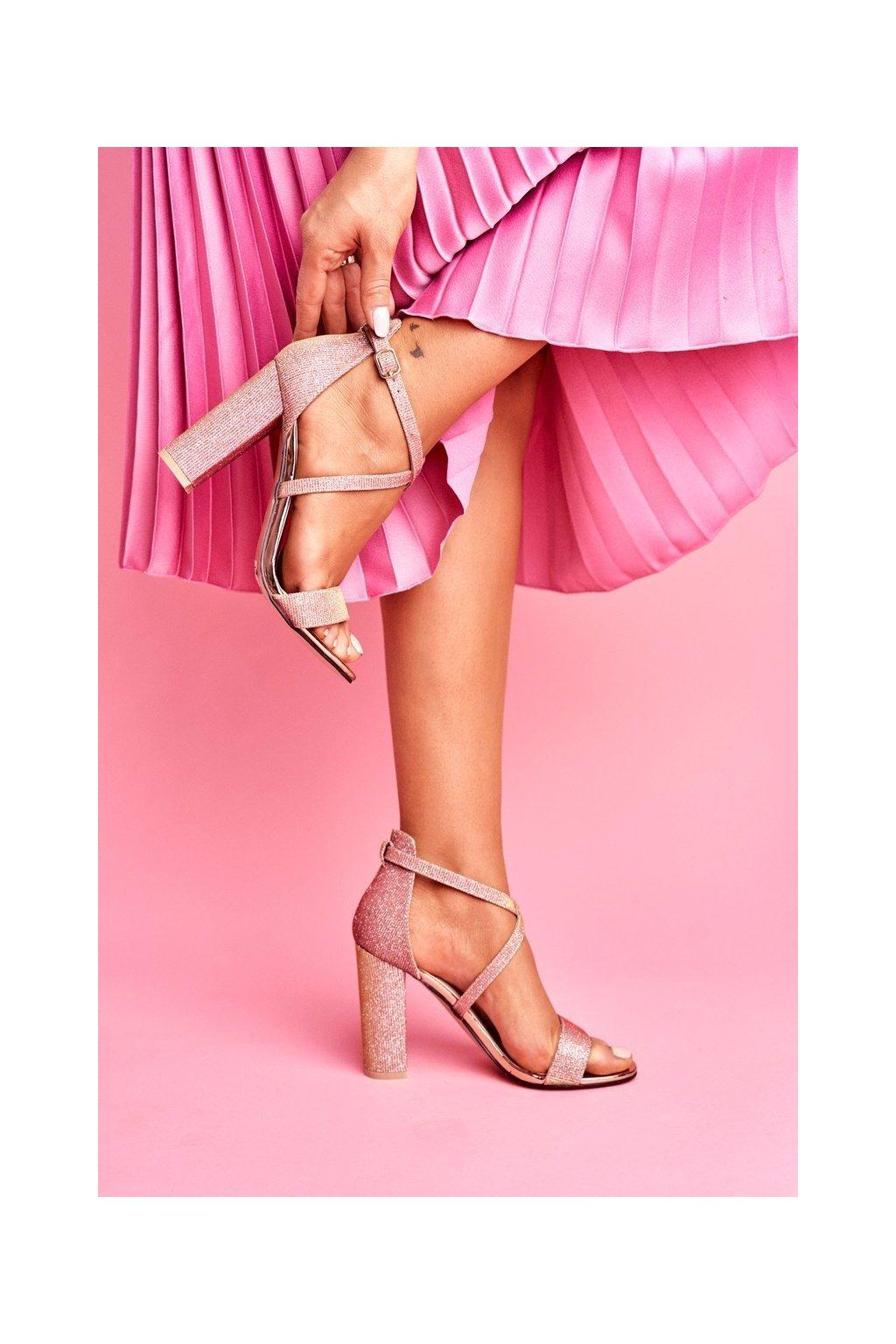 Dámske Sandále na podpätku lesklélé Champagne Vivi