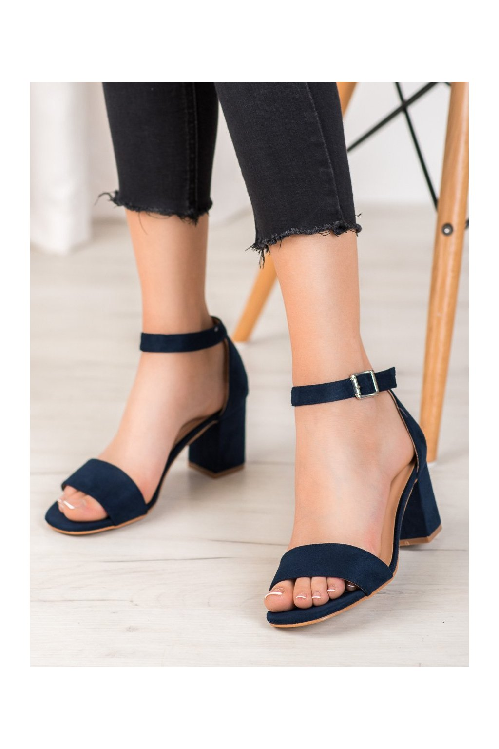 Modré sandále Vinceza kod YQE20-17058N