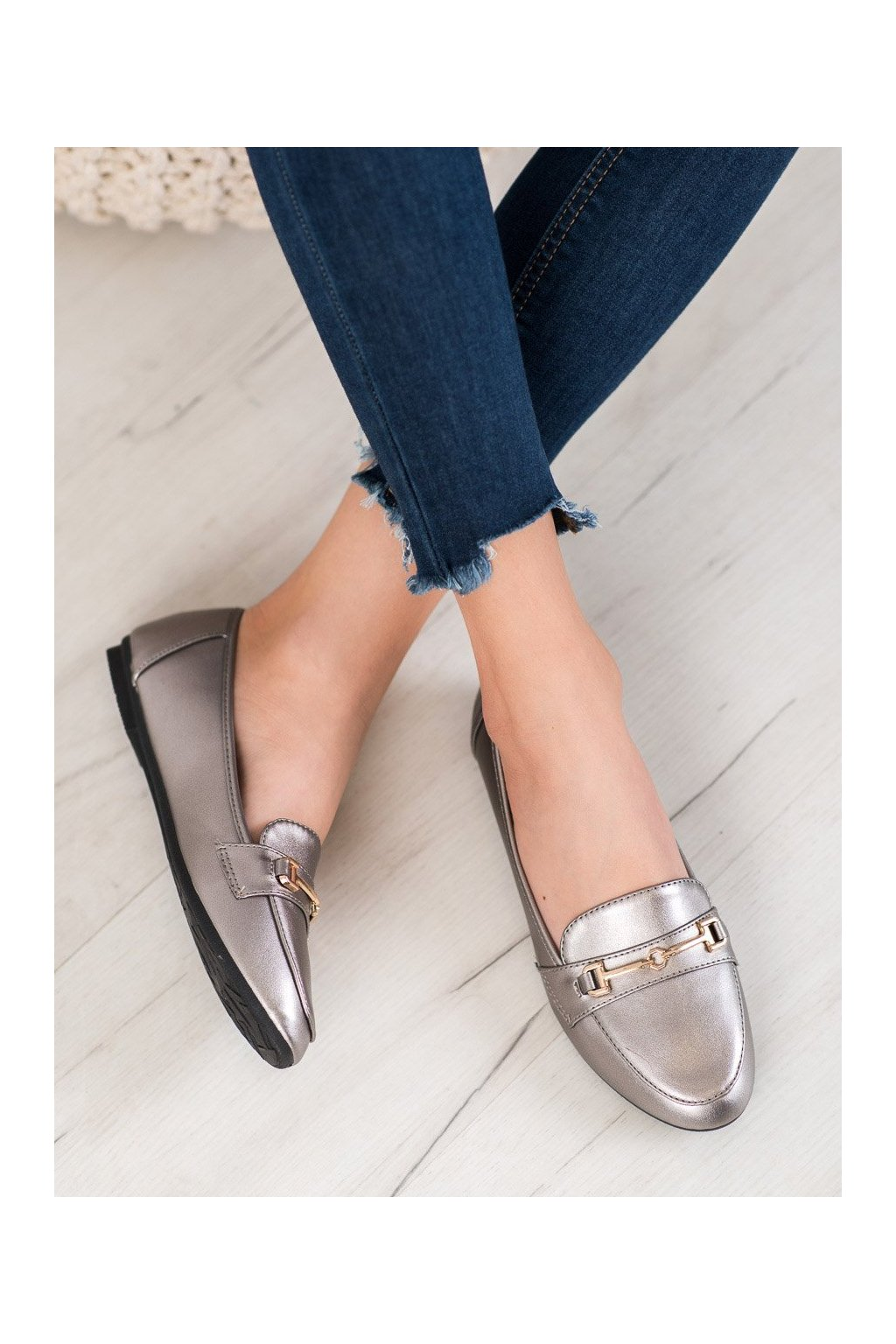 Sivé topánky Clowse kod 9F176GUN