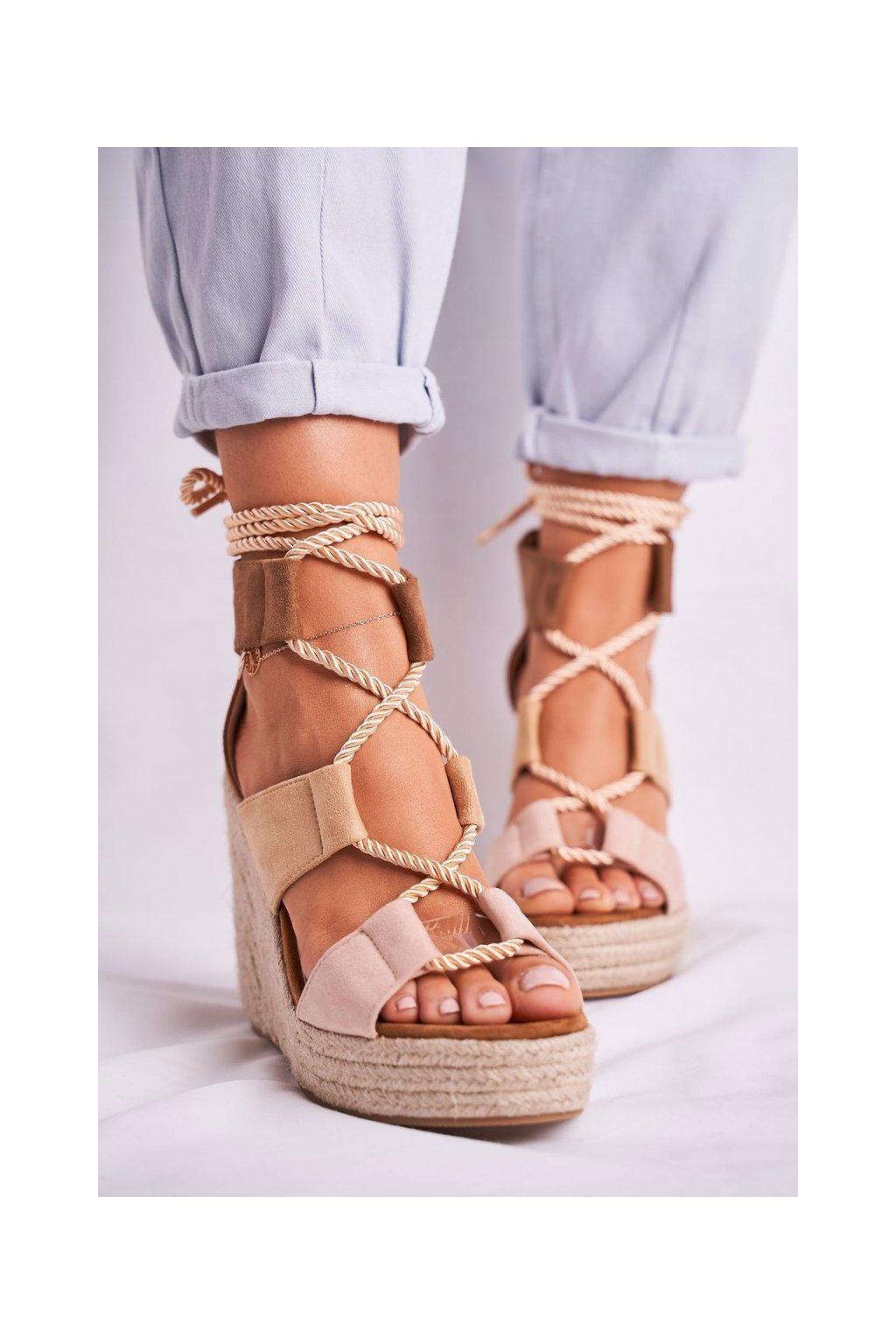 Dámske Sandále na platforme Semišové béžové Beautiful One