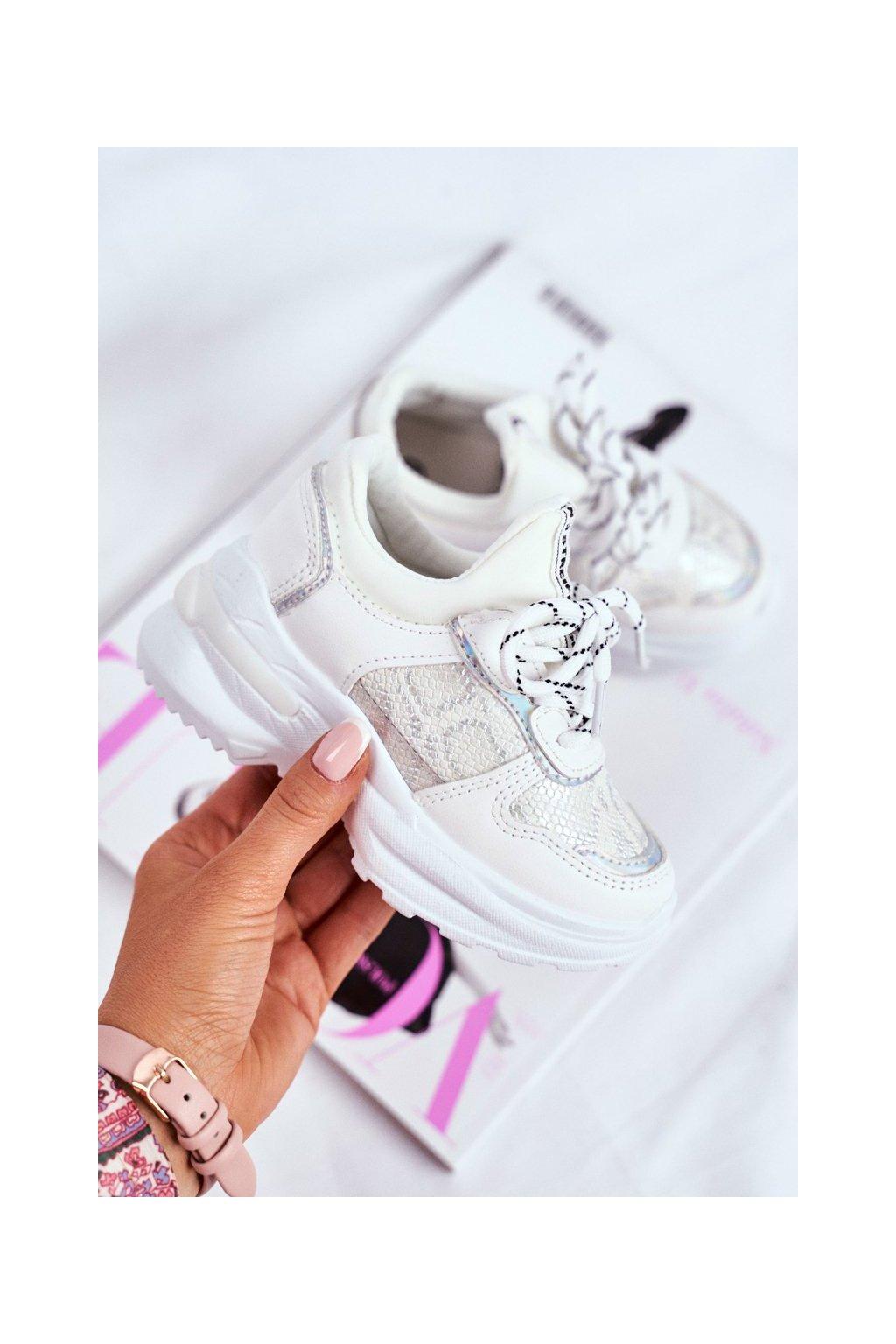 Detské tenisky farba biela kód obuvi 899-A WHITE