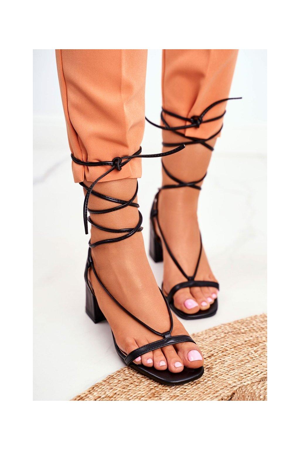 Dámske Sandále na podpätku Šnerované čierne Morning