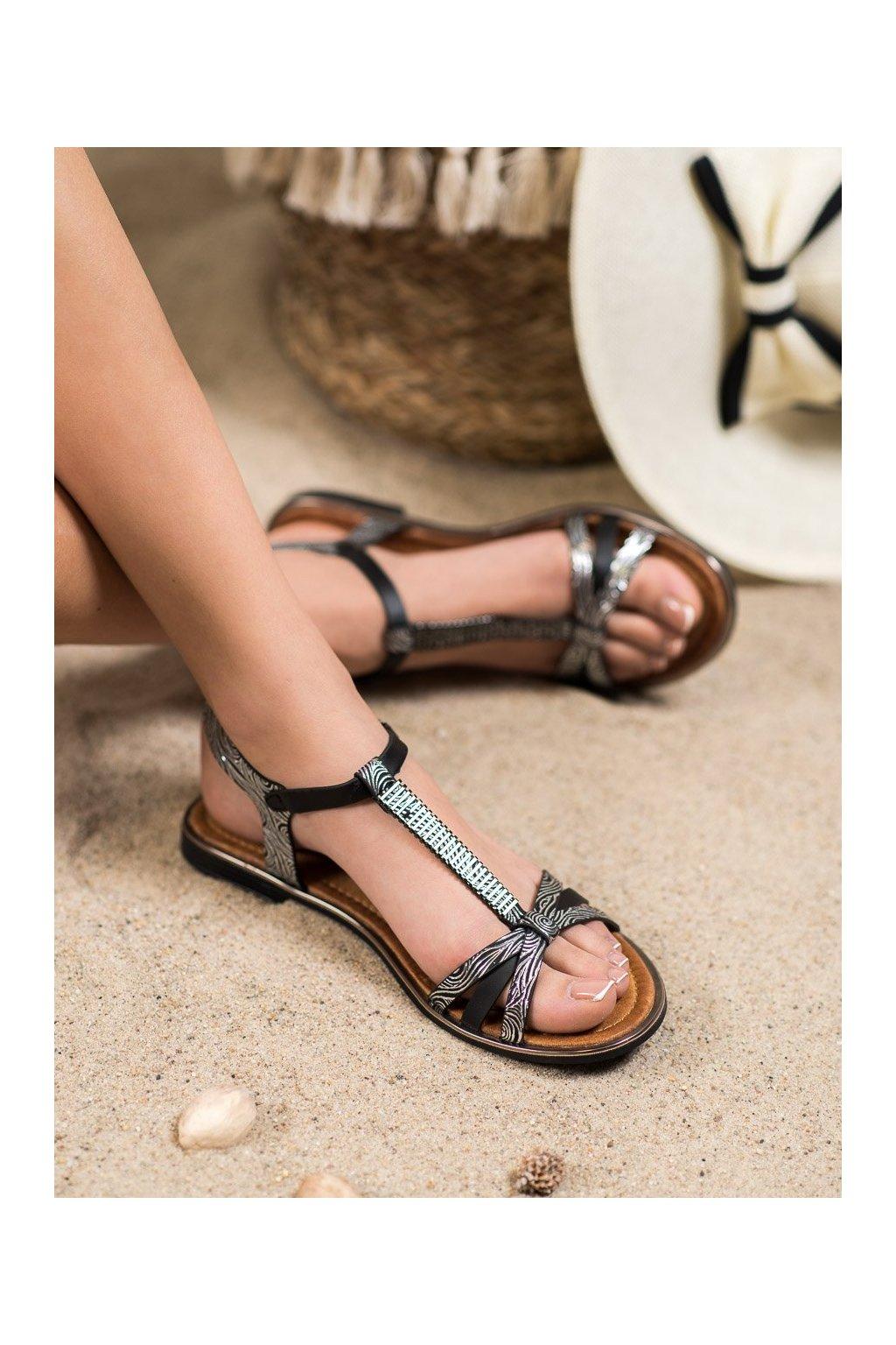 Čierne sandále Small swan kod FJ55B