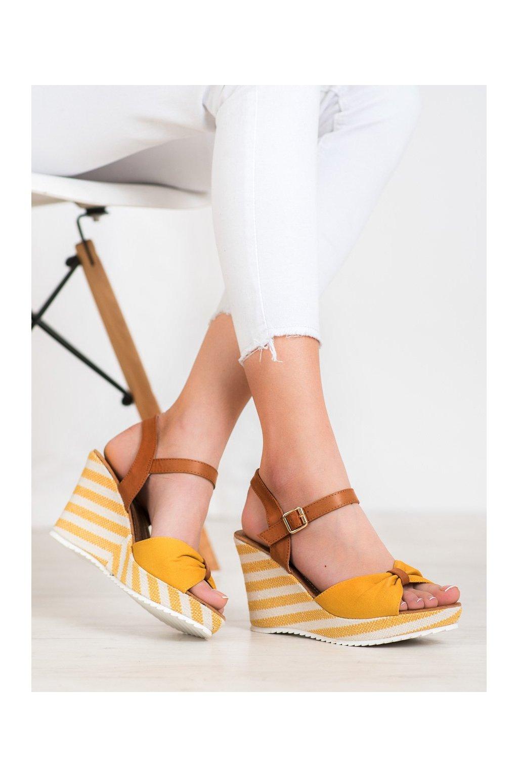 Žlté sandále Goodin kod FL1059Y