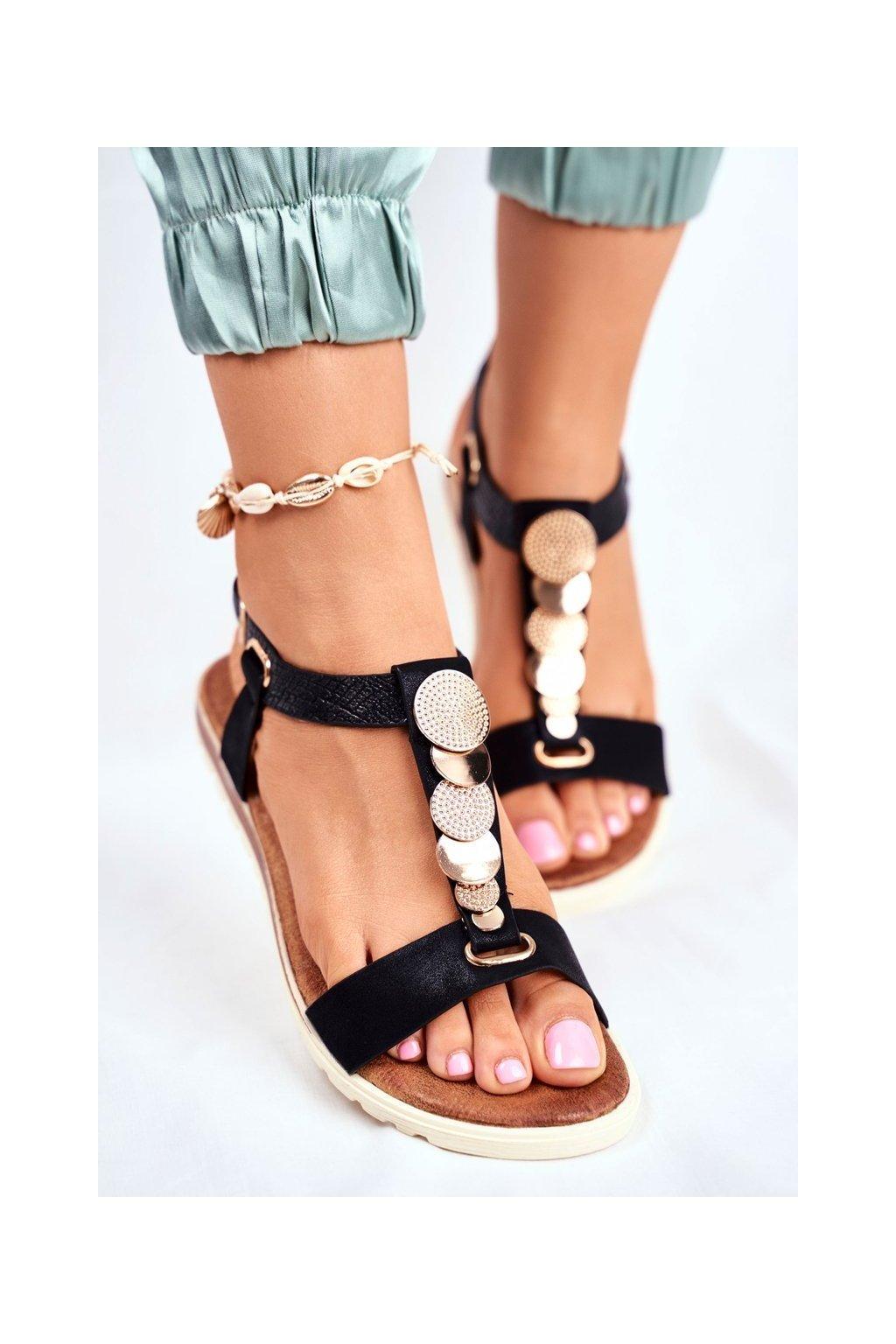 Dámske sandále čierne na plochom podpätku 20SD14-2067 BLK