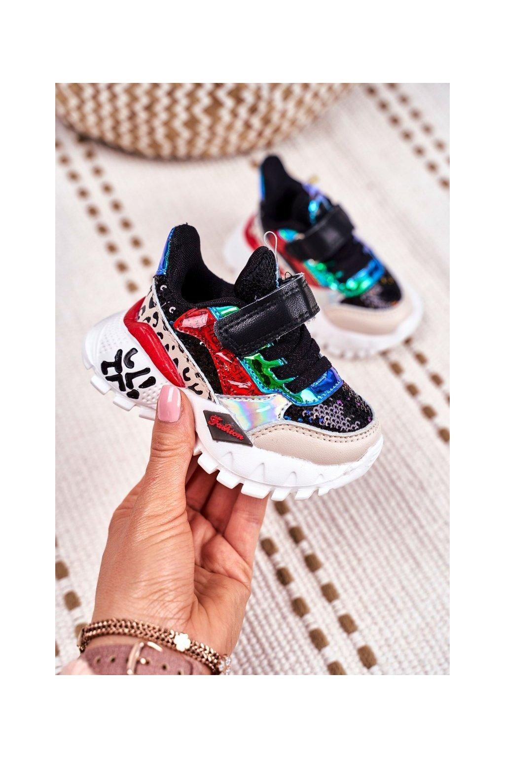Detské tenisky farba čierna kód obuvi 1736 BLK/RED