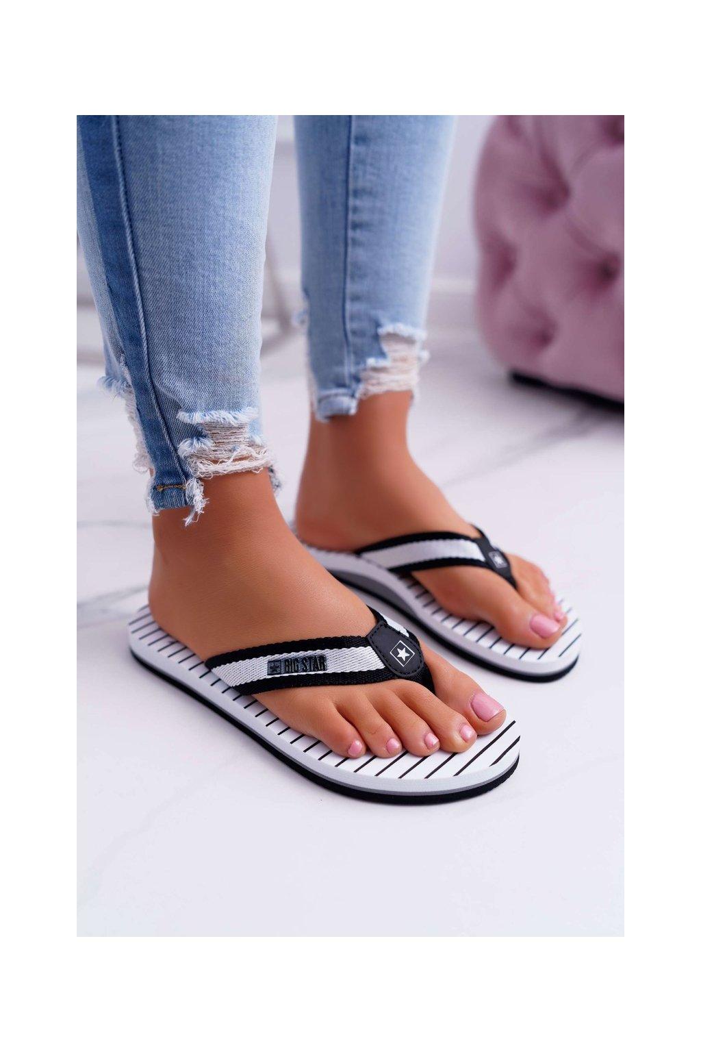 Dámske šľapky farba čierna kód obuvi DD274A251 BLK