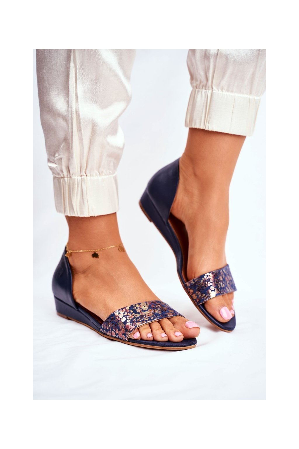 Dámske sandále farba modrá kód obuvi 01971-50/00-5 NAVY