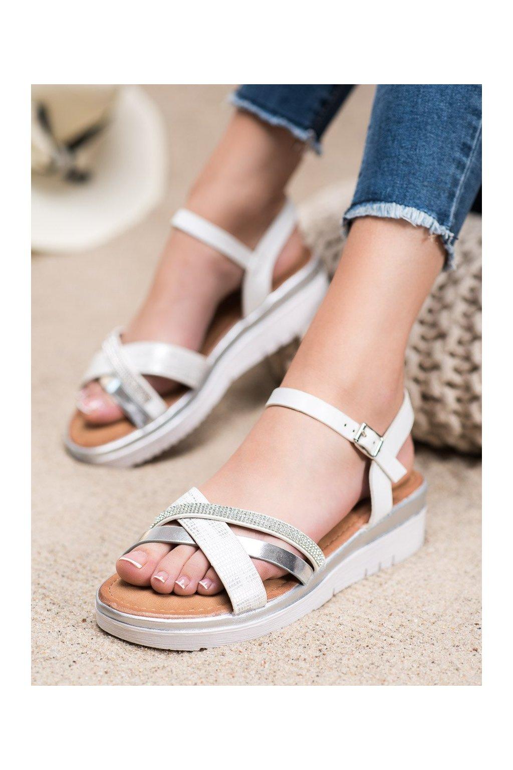 Sivé sandále s plochou podrážkou na platforme Small swan kod SK-67S