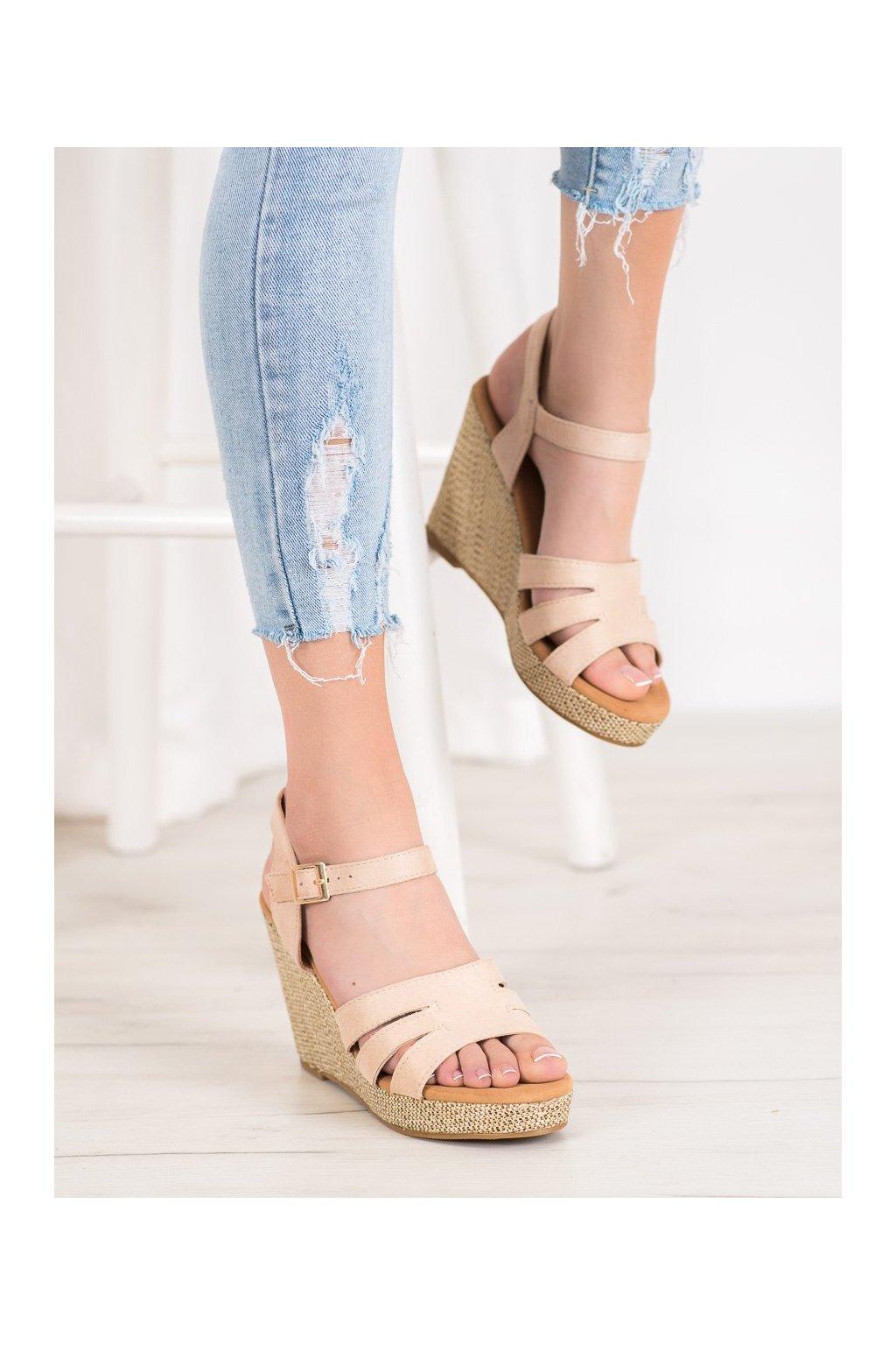 Hnedé sandále na platforme Small swan kod BL-20BE