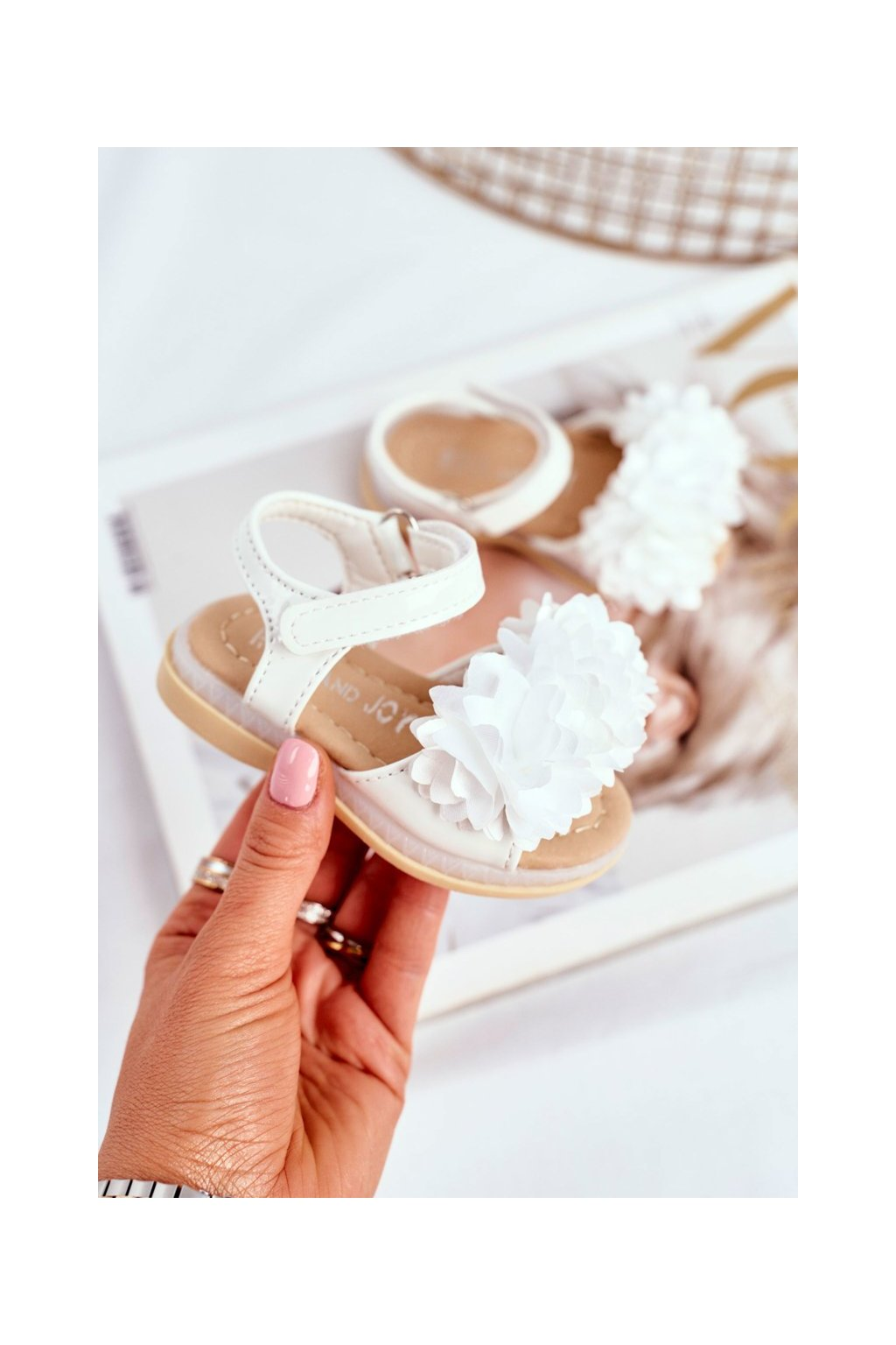 Detské sandále farba biela kód obuvi 243-B WHITE