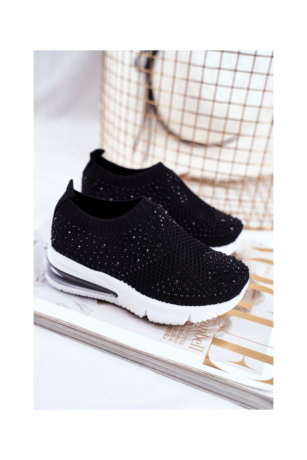 Detské tenisky farba čierna kód obuvi 671-A BLK