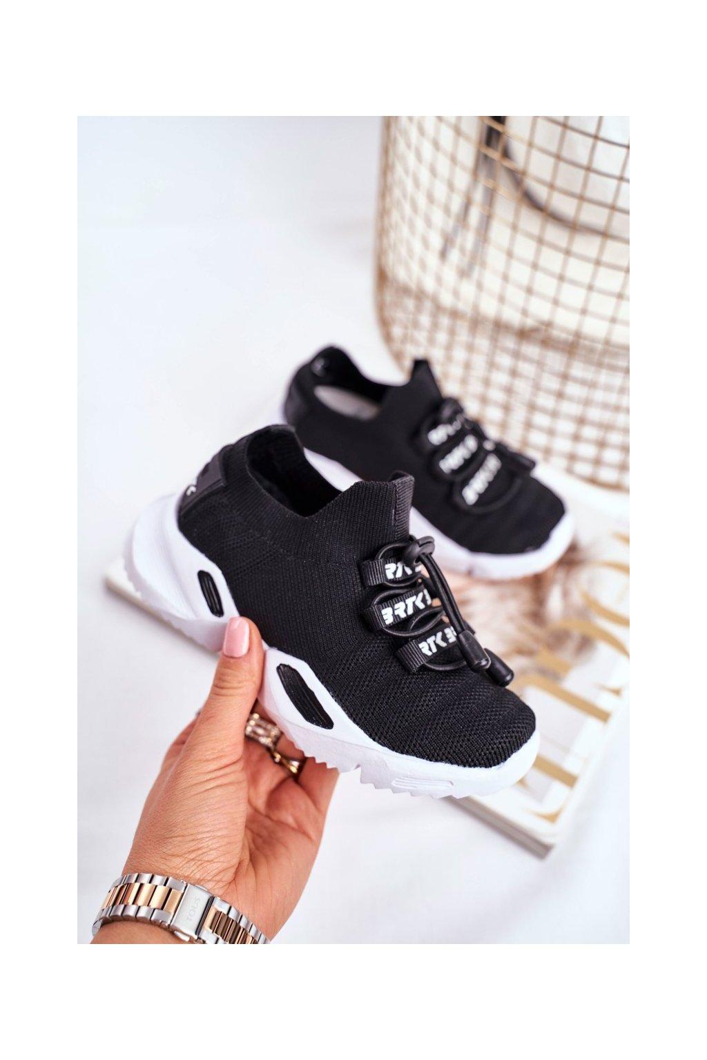 Detské tenisky farba čierna kód obuvi T-75203/W35 BLK