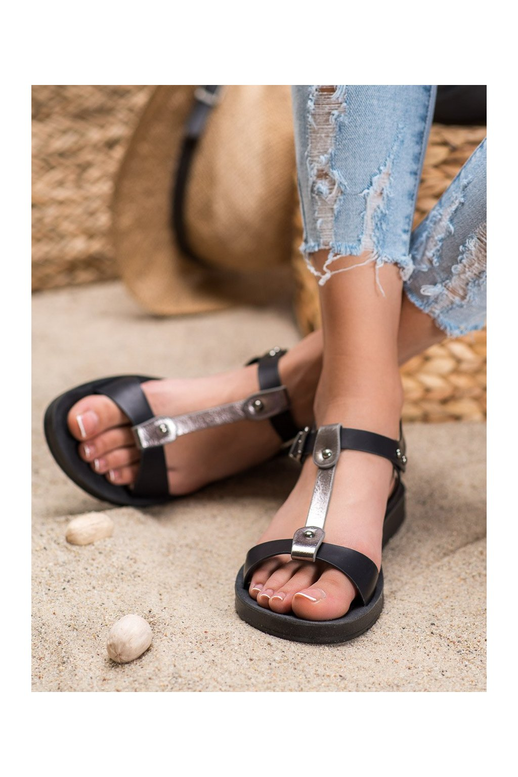 Čierne sandále Filippo kod DS105/20B