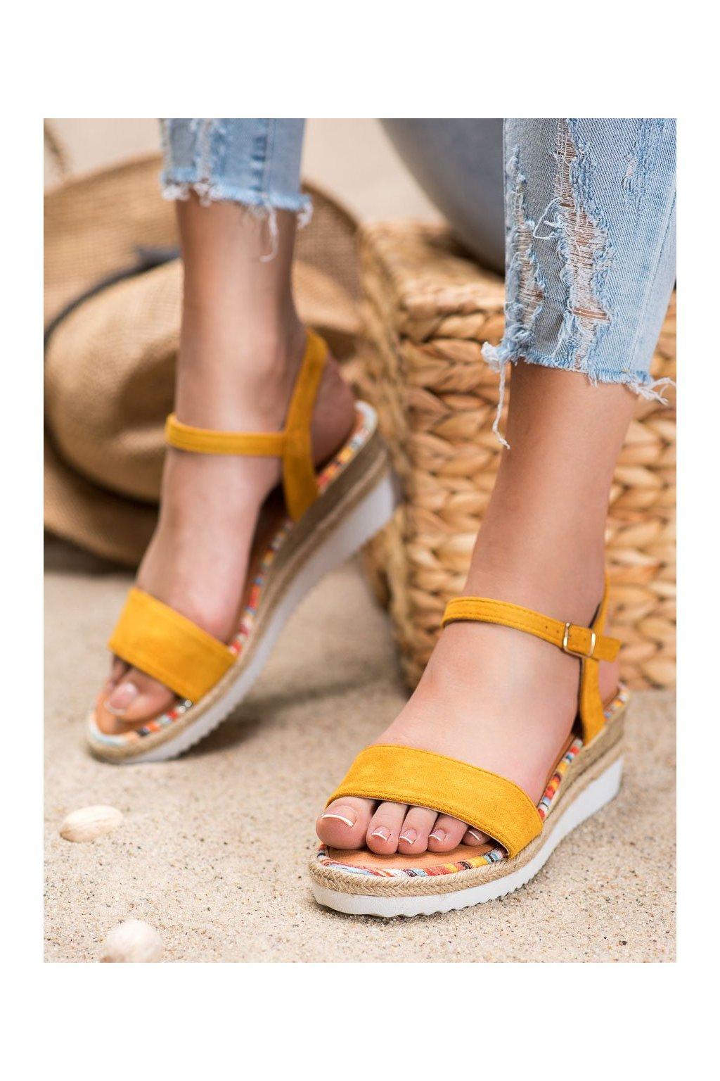 Žlté sandále na platforme Yes mile kod SS-47Y